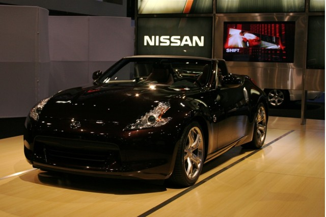 2010 Nissan 370z Roadster And 2009 Nissan Nismo Z Rolled Into Public