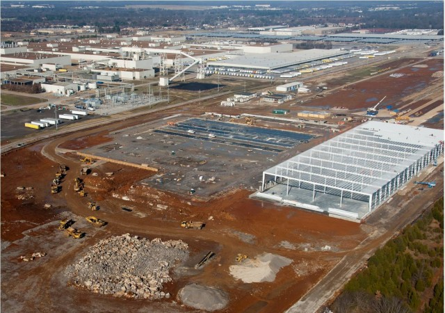 Nissan lithium-ion battery pack plant under construction, Smyrna, Tennessee, Jan 2011