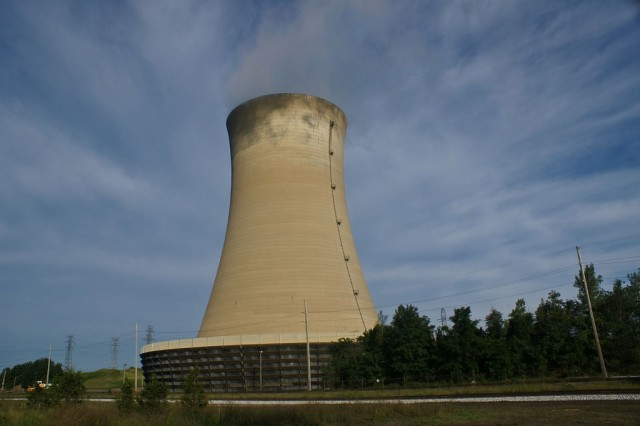 Cooling tower at power plant, by Flickr user Paul J Everett (Used under CC License)