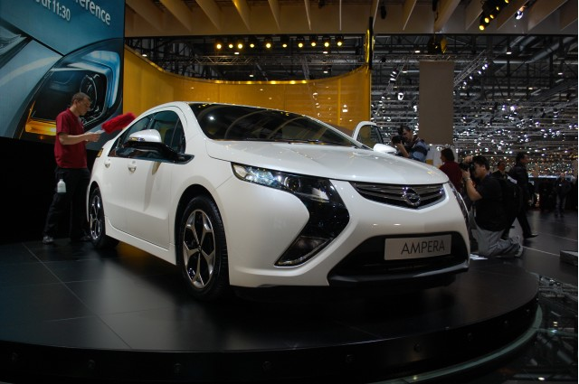 2012 Opel Ampera Chevy Volt Wins European Car Of The Year