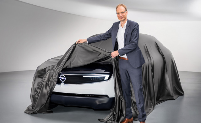 Opel CEO Michael Lohscheller with the GT X Experimental concept