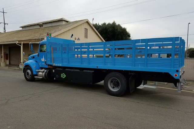 Pacific Gas & Electric plug-in hybrid Class 6 truck