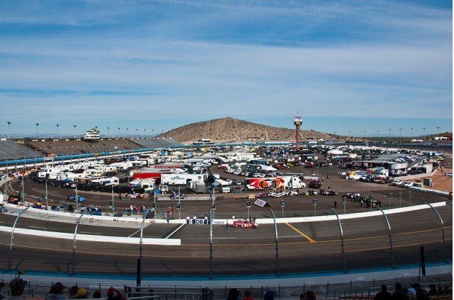 Phoenix International Raceway - image: Paul Dubbelman