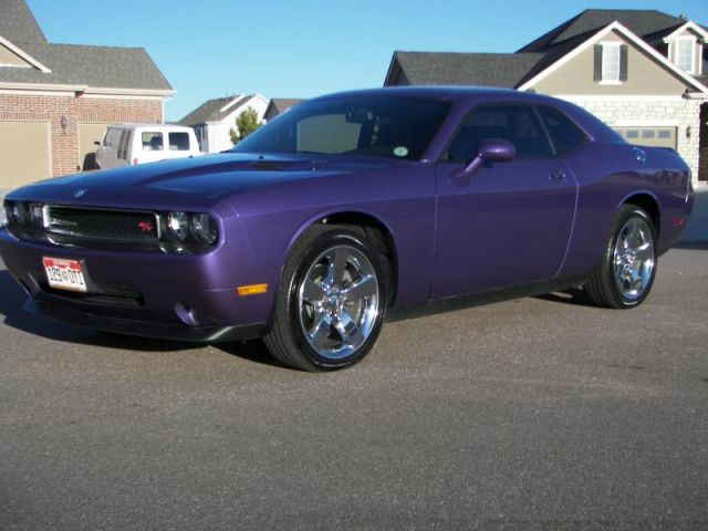 2009 Challenger R/T Owner Goes Plum Crazy