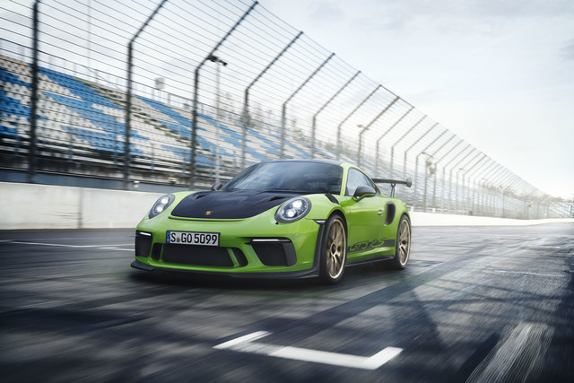 2019 Porsche 911 GT3 RS with Weissach package