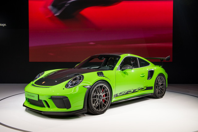 2019 Porsche 911 GT3 RS Weissach package, 2018 New York auto show