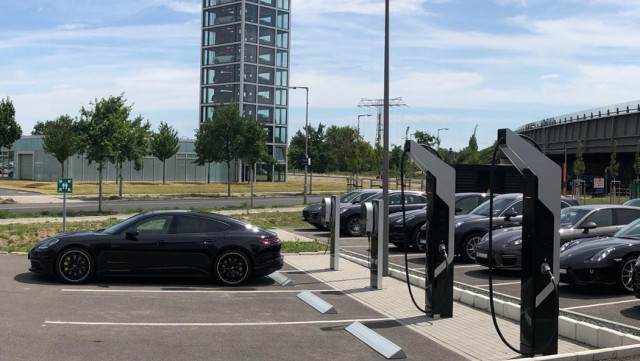 Porsche fast charging park (including Turbo Chargers)