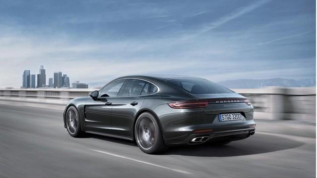 2018 porsche sedan. Exellent 2018 2017 Porsche Panamera In 2018 Porsche Sedan S