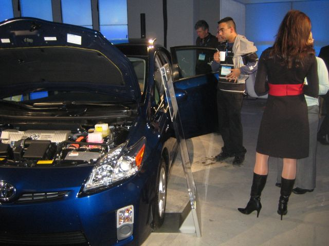 Smartly dressed and very knowledgeable 'product specalists' flown in from all over the States (that's one on the right, in the high-heeled boots) explained every fine point of the new 2010 Prius.