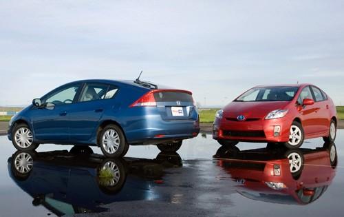 Toyota Honda >> Toyota Prius Sales Outpace Honda Insight 6 Fold
