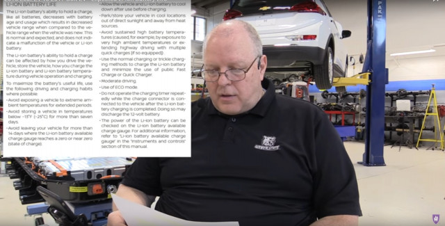 Prof. John Kelly on battery life in Nissan leaf, Chevy Bolt EV [video: Weber State University, Utah]