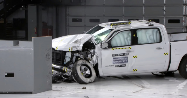 2019 Ram 1500 IIHS crash test