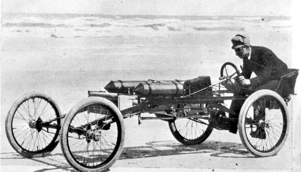 Ransom E Olds drives his Pirate on Ormond Beach in 1902