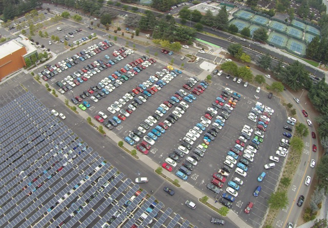 Record-breaking electric-car parade in Cupertino, California. Photo by Frank Mokaya.