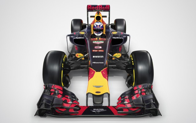 Red Bull Racing RB12 2016 Formula One car
