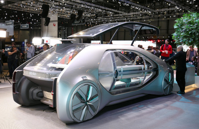 renault envisions a self driving ride share future with ez go concept. Black Bedroom Furniture Sets. Home Design Ideas