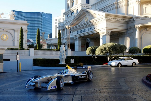 Renault SRT_01E Formula E car hits Las Vegas