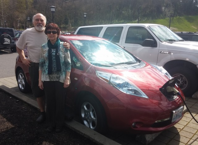 Rick And Linda Santangelo With The 2017 Nissan Leaf At 96 000 Miles
