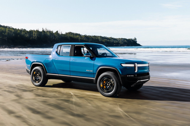 New cars coming for 2022, 2021 Ford Bronco Sport revisited, 2022 Bolt ships early: What's New @ The Car Connection