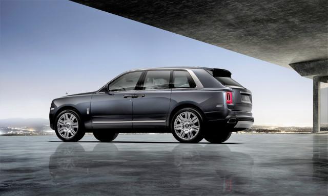Rolls Royce Cullinan Vw Golf Gti Tcr Mercedes Benz Gls