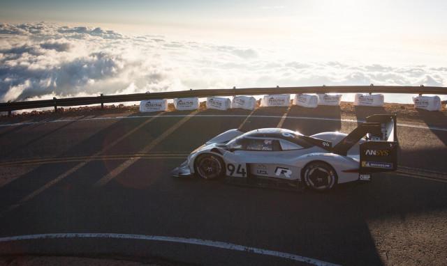 Romain Dumas drives the Volkswagen ID R at 2018 Pikes Peak International Hill Climb