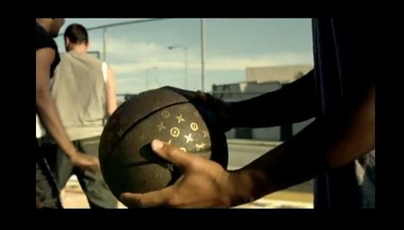 Screencap from Hyundai ad from Super Bowl XLIV