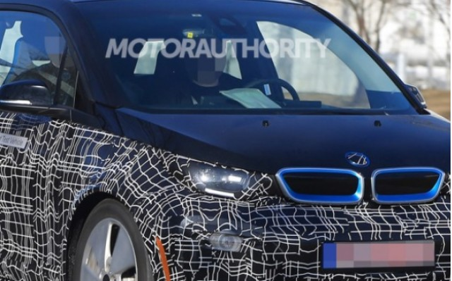 Section of 2018 BMW i3 spy shot  [image via S. Baldauf/SB-Medien, as used on Motor Authority]