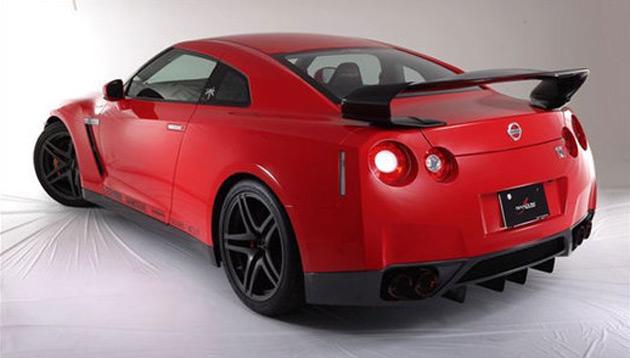 The man behind Shadow Sports Design is former Nissan racing driver Masami Kageyama