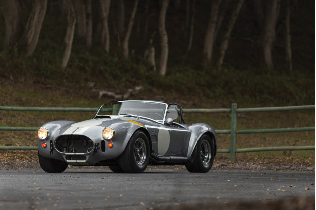 Shelby Cobra 427 is up for sale