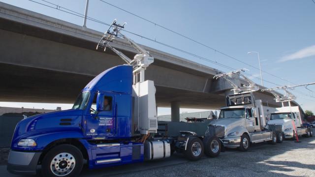 Siemens catenary system to electrify semi trucks
