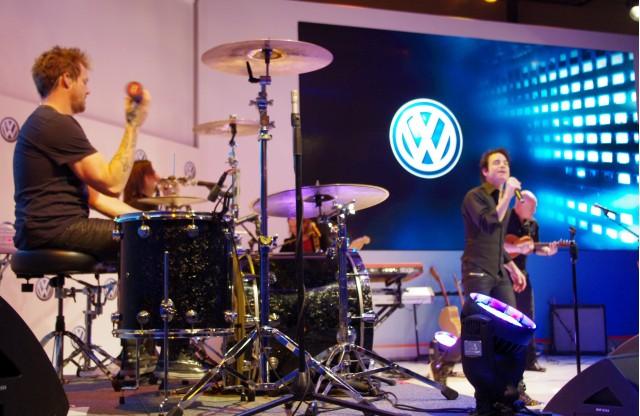Train demonstrates VW sound system