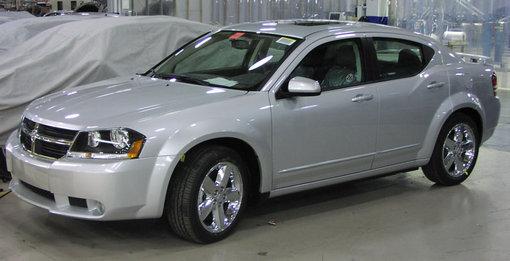 Spy Shots Dodge Avenger M on 2008 Dodge Stratus