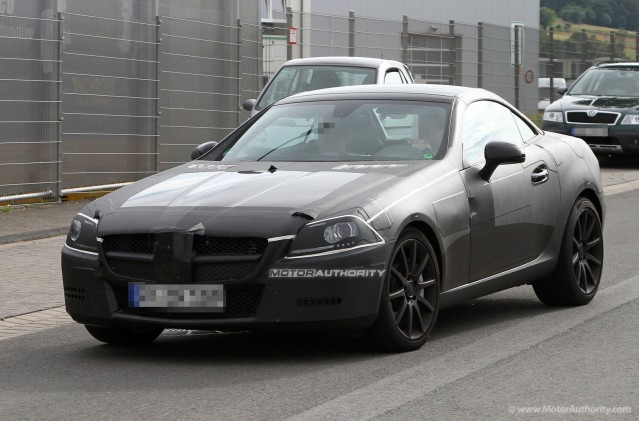 Spy Shots: 2012 Mercedes-Benz SLK AMG
