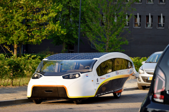 Stella Vie Dutch solar car winner in World Solar Challenge