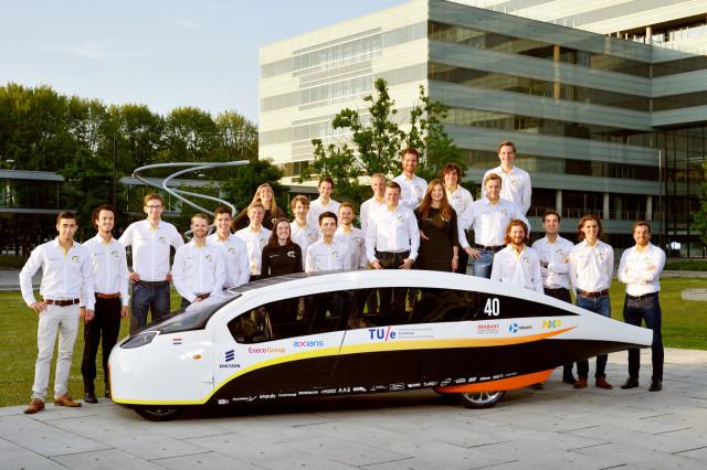 Stella Vie Dutch solar car winner in World Solar Challenge