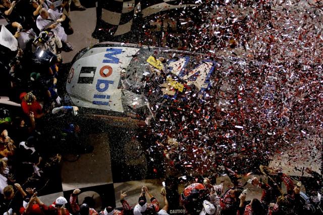 Stewart's car engulfed in confetti at Daytona International Speedway - NASCAR photo