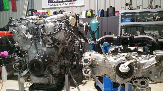 Nissan GT-R engine (left) and Toyota 86 engine