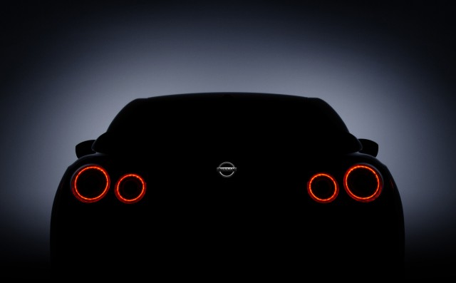 Teaser for 2017 Nissan GT-R debuting at 2016 New York Auto Show