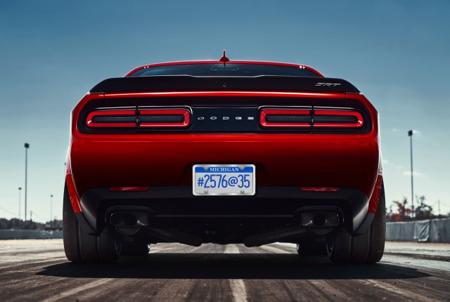 2018 dodge challenger srt demon s wide body design revealed