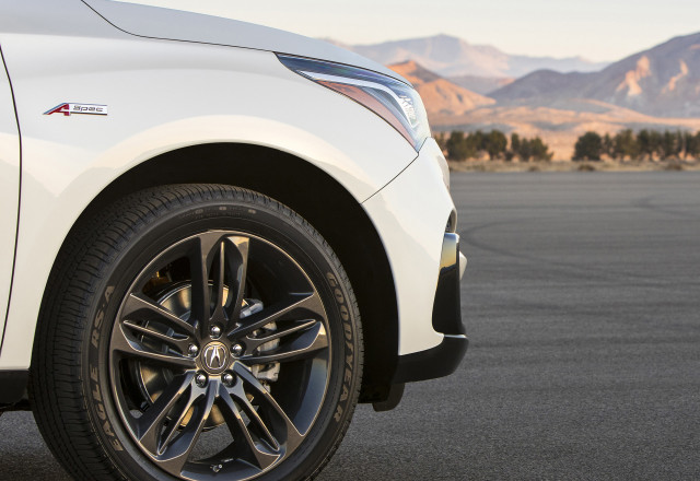 Teaser for 2019 Acura RDX A-Spec debuting at 2018 New York auto show