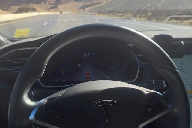 Tesla Model S Autopilot engaged during cross-country record attempt