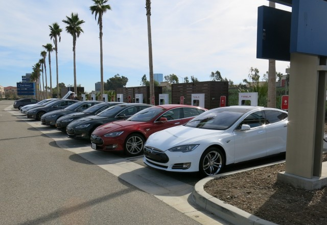 Tesla Model S at Supercharger site in Ventura, CA, with just one slot open  [photo: David Noland]