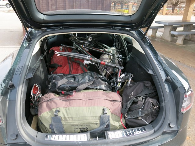 Tesla Model S packed for road trip, upstate New York to southern California [photo: David Noland]