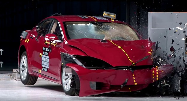 Tesla Model S in IIHS testing