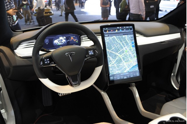 Suv Tesla Interior >> At T Bringing High Speed Internet To Future Tesla Models