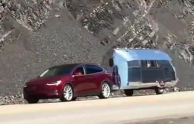 Tesla Model X towing Bowlus Road Chief