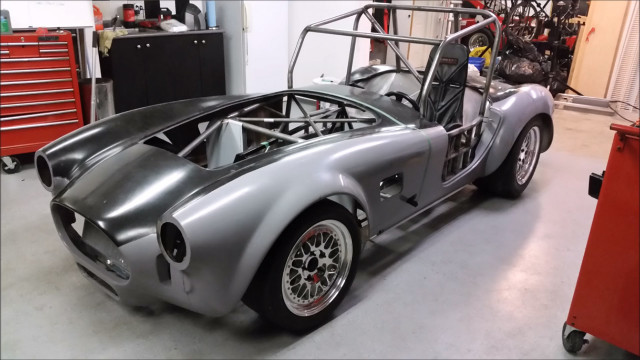 Tesla-powered EPower Racing Cobra