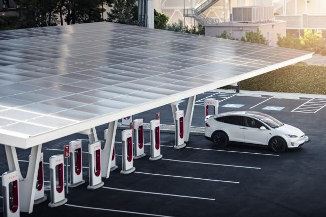 Tesla Supercharger station V3, Las Vegas