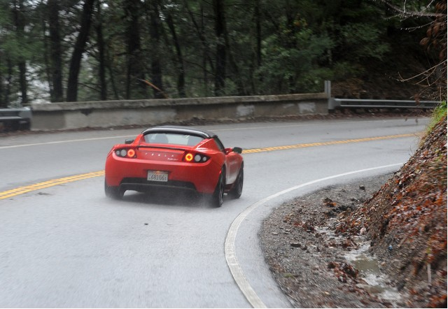 Bruce Richter drives the 2010 Tesla Roadster Sport