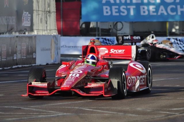 The 2012 DW12 Dallara Indy car comes with a single aero kit - Anne Proffit photo